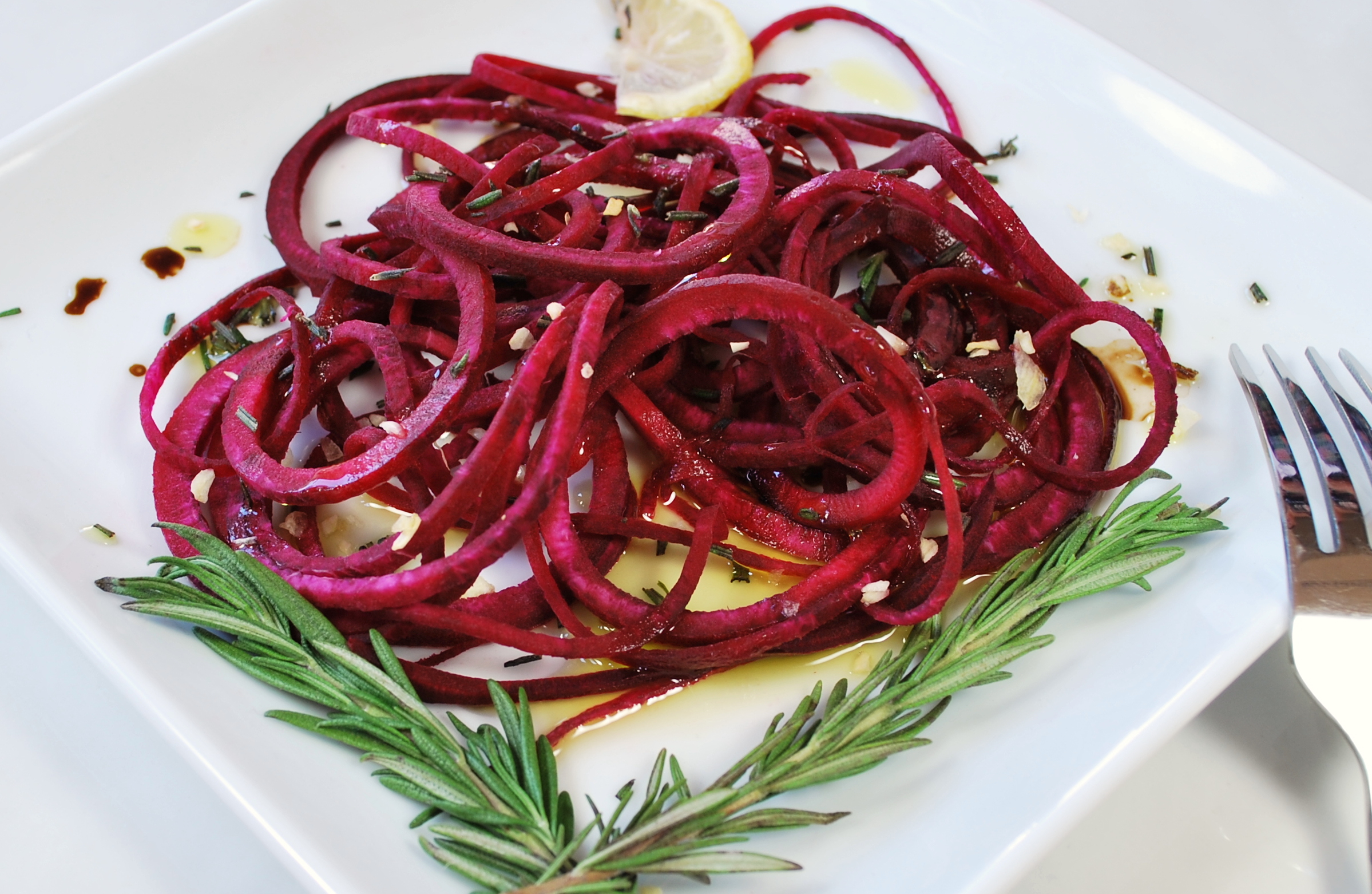 spiralizing recipes - salads, weight loss - beet salad