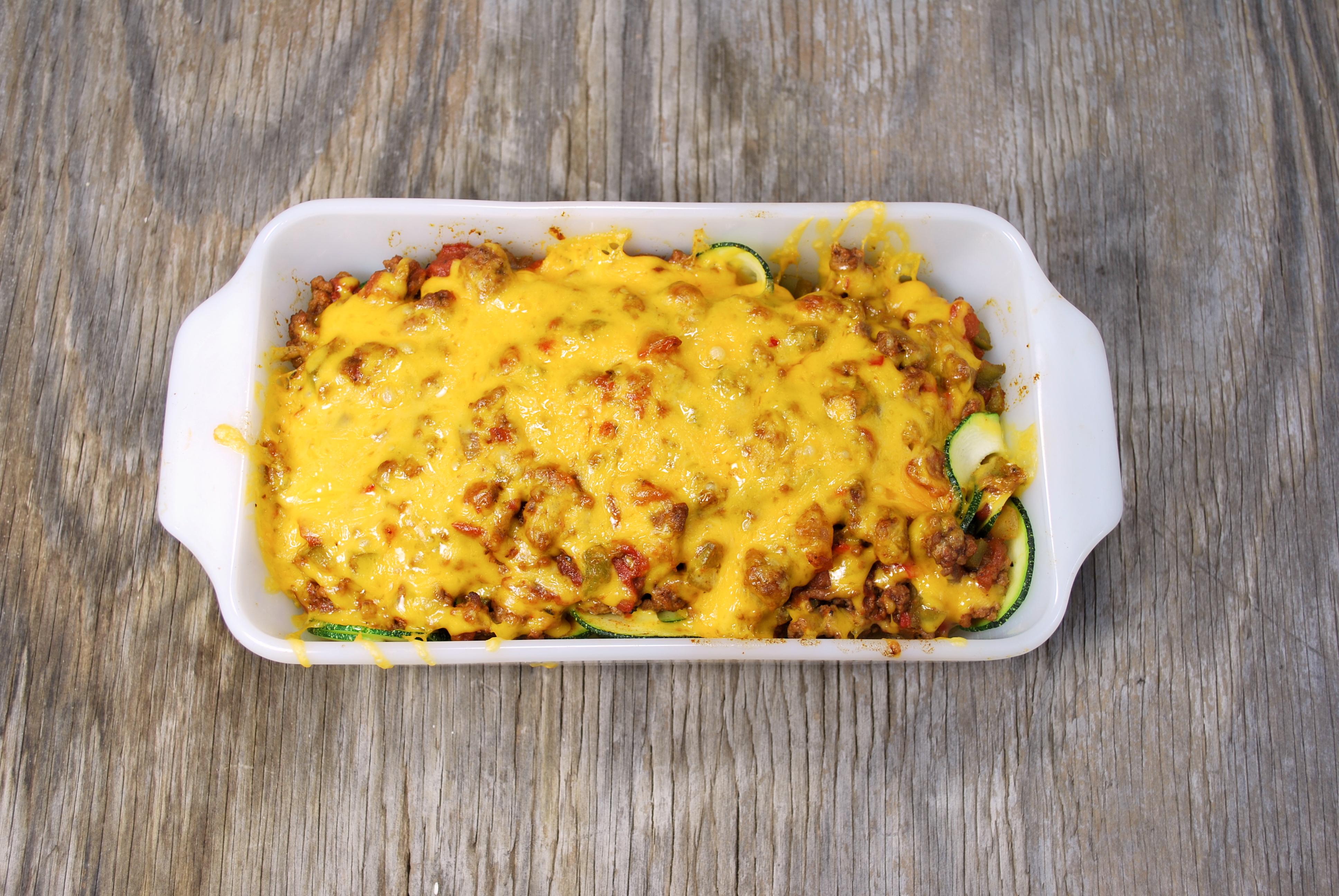 spiralizing recipes - gluten-free main dishes - chili mac